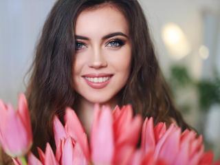 Bild på den sexiga profilen av TaminaRey för en väldigt het liveshow i webbkameran!